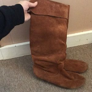 Suede Cathy Jean boots